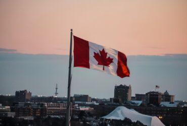 Drapeau du canada pour la mise en perspective du budget fédéral 2021.